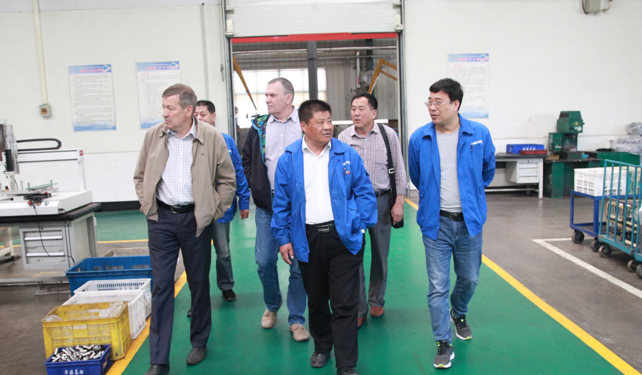 Representatives from chlor-alkali chemical company of Chile visited our company