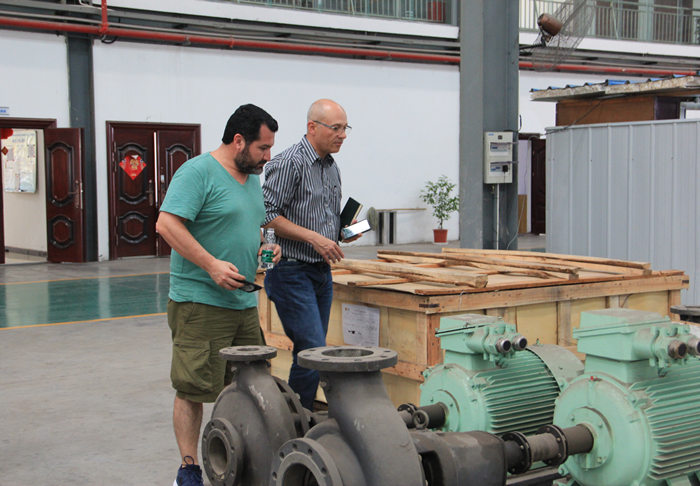 Spanish client visiting our factory